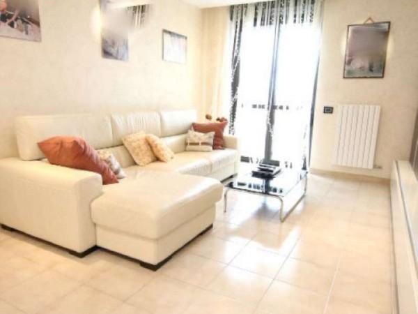 Appartamento in vendita a Taranto, Residenziale, Con giardino, 111 mq