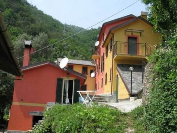 Appartamento in vendita a avegno arredato con giardino for Giardino 90 mq