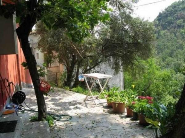 Appartamento in vendita a Avegno, Arredato, con giardino, 90 mq - Foto 2