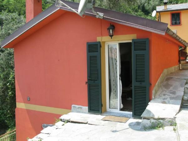 Appartamento in vendita a Avegno, Arredato, con giardino, 90 mq