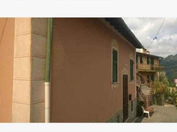Casa indipendente in vendita a Avegno, 70 mq