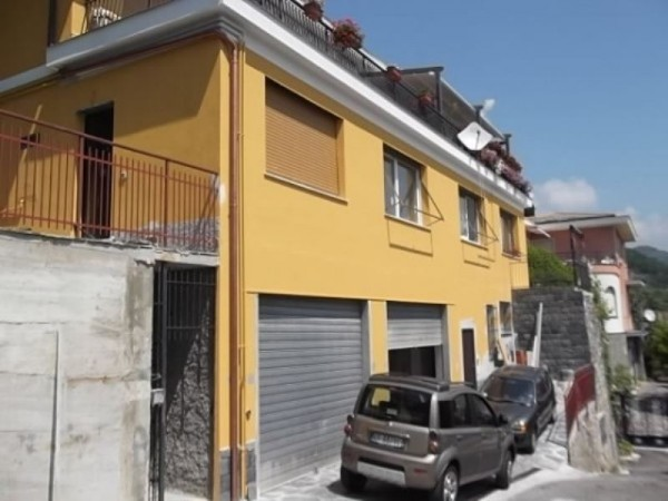 Appartamento in vendita a recco con giardino 80 mq bc for Giardino 80 mq
