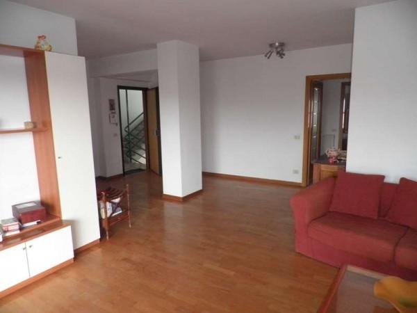 Appartamento in vendita a Perugia, Via M.angeloni, 140 mq