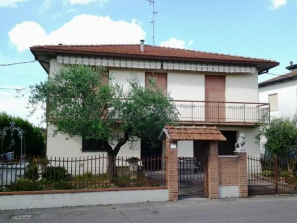 Casa indipendente in vendita a Forlì, Carpinello, Arredato, con giardino, 220 mq