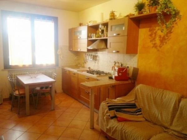 Appartamento in vendita a Forlì, Cava, Con giardino, 90 mq