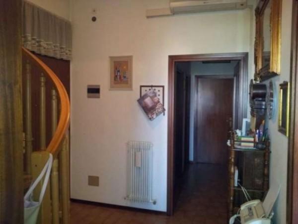 Appartamento in vendita a Forlì, Con giardino, 110 mq