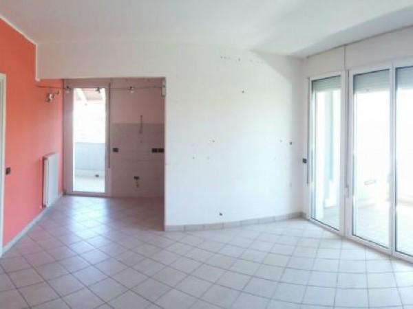 Appartamento in vendita a Forlì, Stazione, Con giardino, 100 mq