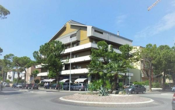 Appartamento in vendita a Forlì, Bolognesi, Con giardino, 140 mq