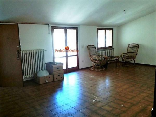 Appartamento in vendita a Meldola, Centro Storico, Con giardino, 80 mq - Foto 2