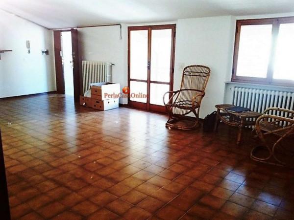 Appartamento in vendita a Meldola, Centro Storico, Con giardino, 80 mq - Foto 1