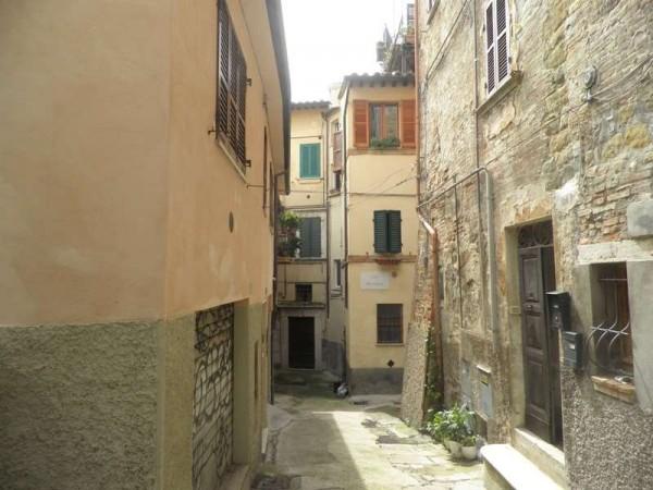 Appartamento in affitto a Perugia, Centro Storico, 70 mq