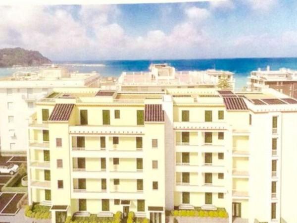Appartamento in vendita a Sestri Levante, Mare, Con giardino, 90 mq