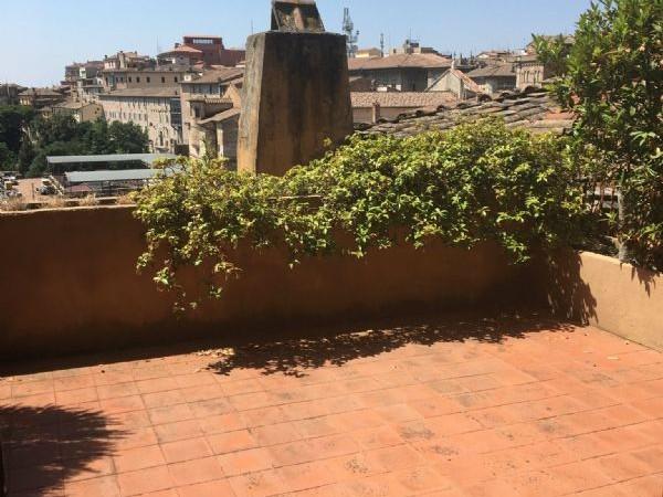 Rustico/Casale in affitto a Perugia, Centro Storico, Arredato, 270 mq - Foto 16