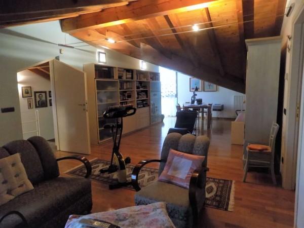 Casa indipendente in vendita a Crosio della Valle, Parco, 342 mq - Foto 9