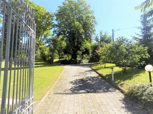 Casa indipendente in vendita a Crosio della Valle, Parco, 342 mq - Foto 3