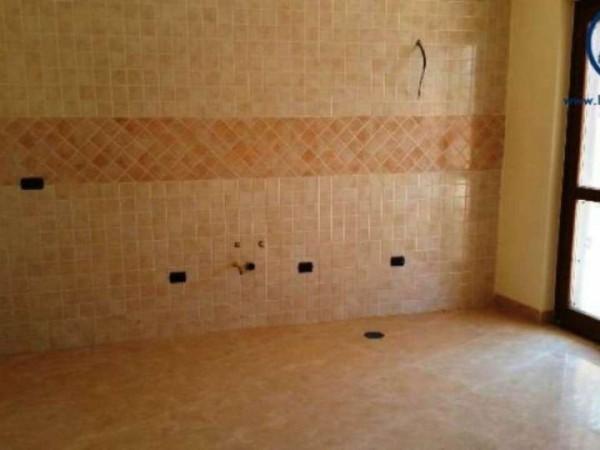 Appartamento in vendita a Caserta, 140 mq