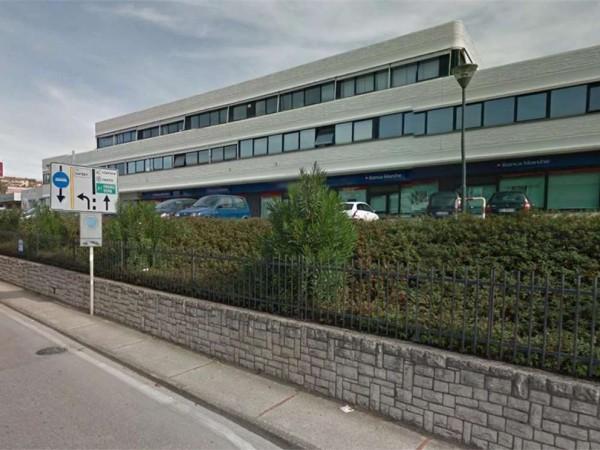 Ufficio in vendita a Perugia, Settevalli, 95 mq