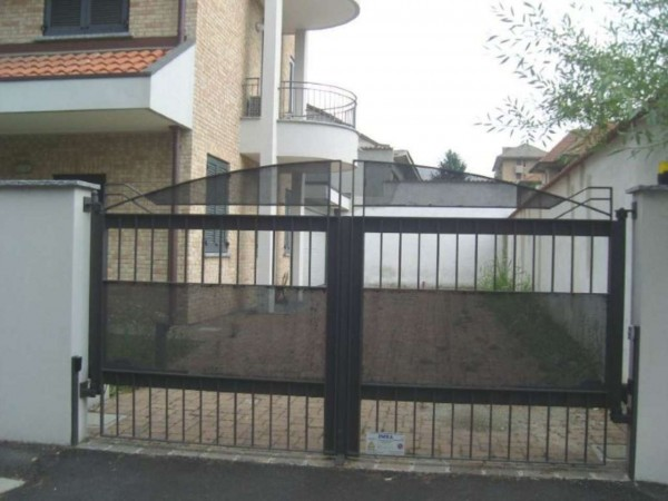 Appartamento in vendita a Desio, Con giardino, 134 mq