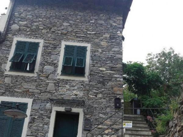 Appartamento in vendita a Avegno, Con giardino, 100 mq
