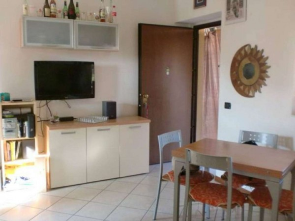 Appartamento in vendita a Cavaria con Premezzo, 50 mq