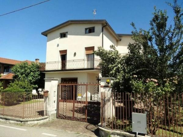 Villa in vendita a Caronno Varesino, 300 mq - Foto 1