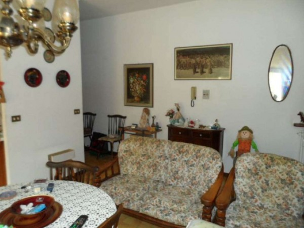 Appartamento in vendita a Cittiglio, Semi Centro, Con giardino, 60 mq - Foto 22