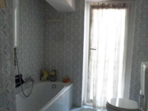 Appartamento in vendita a Cittiglio, Semi Centro, Con giardino, 60 mq - Foto 8