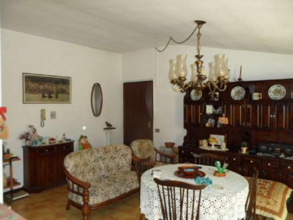 Appartamento in vendita a Cittiglio, Semi Centro, Con giardino, 60 mq - Foto 24