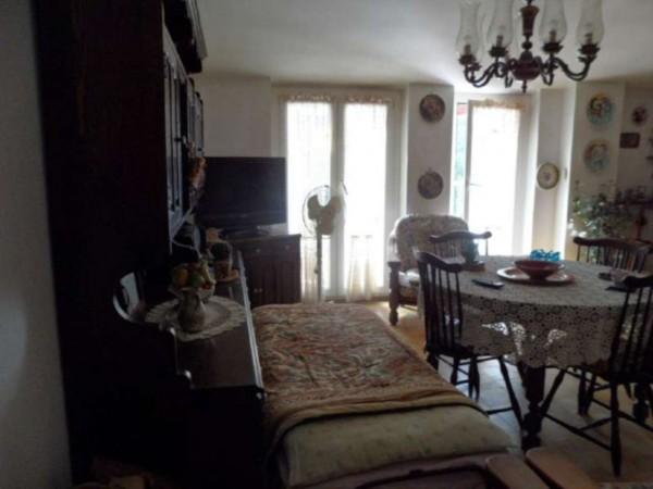 Appartamento in vendita a Cittiglio, Semi Centro, Con giardino, 60 mq - Foto 21