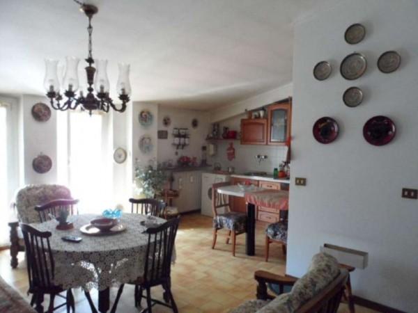 Appartamento in vendita a Cittiglio, Semi Centro, Con giardino, 60 mq - Foto 20