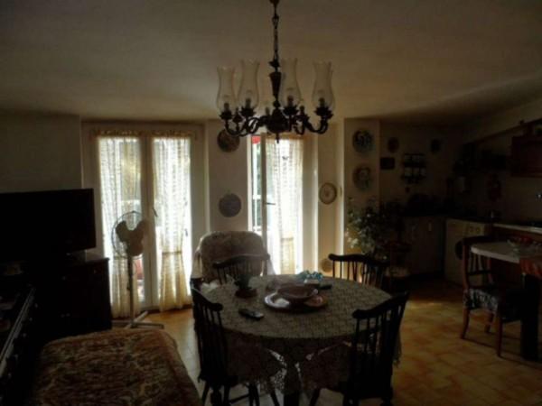 Appartamento in vendita a Cittiglio, Semi Centro, Con giardino, 60 mq - Foto 9