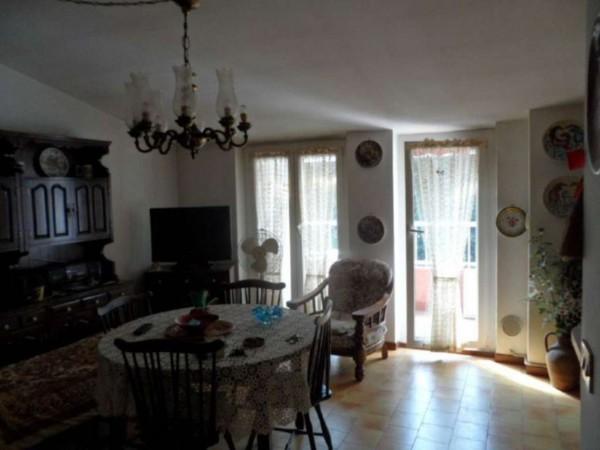 Appartamento in vendita a Cittiglio, Semi Centro, Con giardino, 60 mq - Foto 19