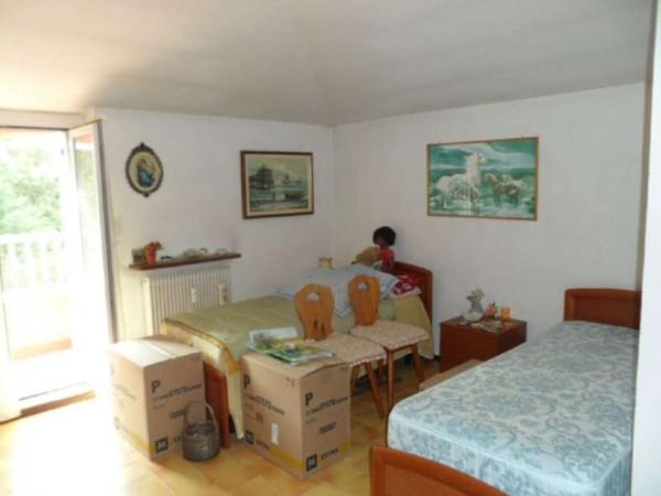 Appartamento in vendita a Cittiglio, Semi Centro, Con giardino, 60 mq - Foto 15
