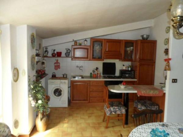 Appartamento in vendita a Cittiglio, Semi Centro, Con giardino, 60 mq - Foto 23