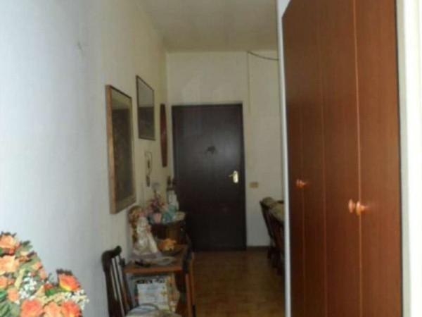 Appartamento in vendita a Cittiglio, Semi Centro, Con giardino, 60 mq - Foto 16