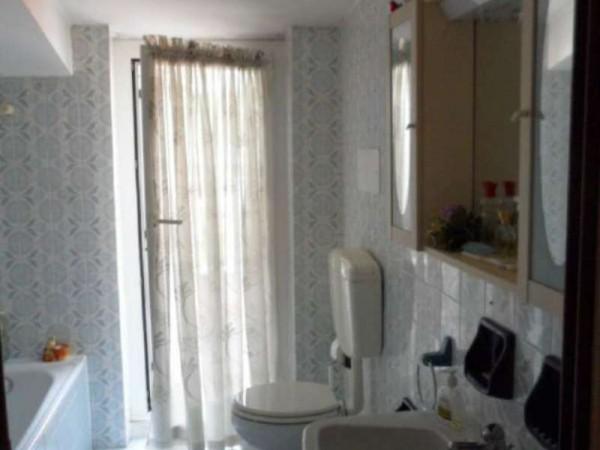 Appartamento in vendita a Cittiglio, Semi Centro, Con giardino, 60 mq - Foto 12