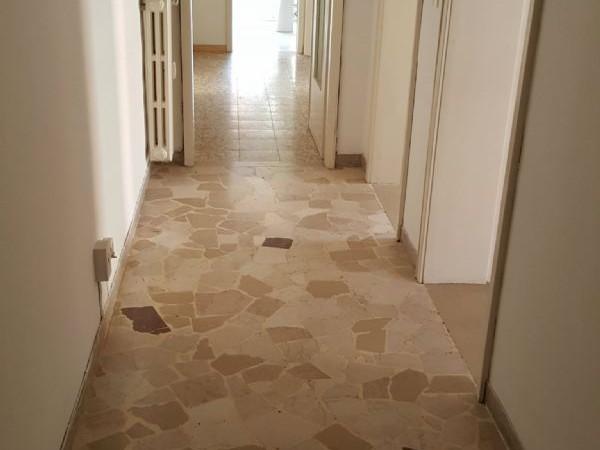 Appartamento in vendita a Modena, Con giardino, 100 mq - Foto 1