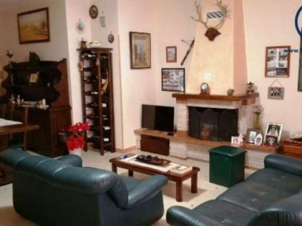 Appartamento in vendita a Caserta, Lincoln, 130 mq