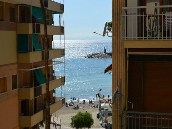 Appartamento in affitto a Recco, A Due Passi Dal Mare, Arredato, 55 mq - Foto 1