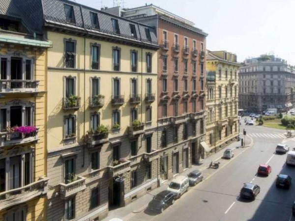 Appartamento in vendita a Milano, Cadorna, Con giardino, 180 mq