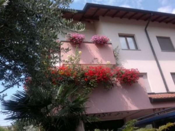 Villa in vendita a Legnano, Parco Castello, 225 mq