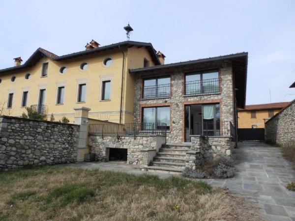 Rustico/Casale in vendita a Cantù, Castelletto, Con giardino, 400 mq - Foto 1