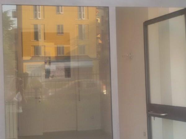 Negozio in affitto a Brescia, Ospedale Civile, 23 mq