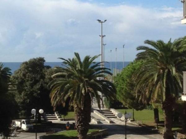 Appartamento in vendita a Chiavari, Passeggiata A Mare, 70 mq - Foto 1