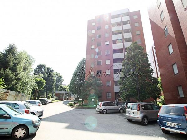 Appartamento in vendita a Corsico, Copernico, Con giardino, 65 mq