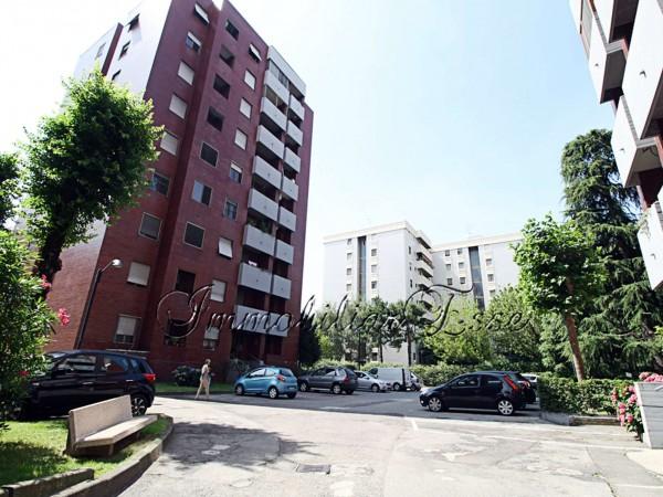 Appartamento in vendita a Corsico, Copernico, Con giardino, 105 mq