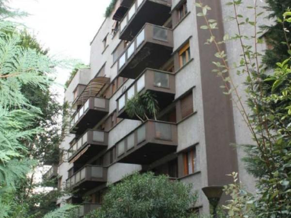 Appartamento in vendita a Milano, 81 mq