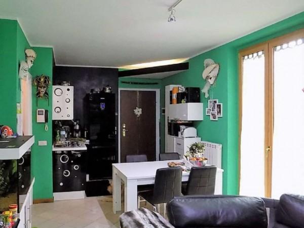 Appartamento in vendita a Varese, Avigno, 60 mq