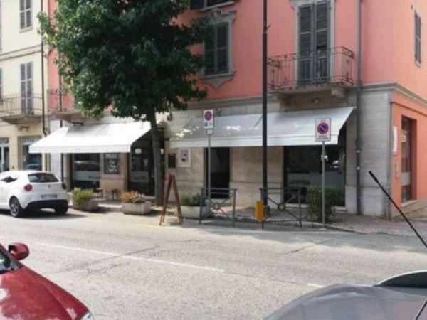 Locale Commerciale  in vendita a Asti, Corso Savona, Arredato, 80 mq