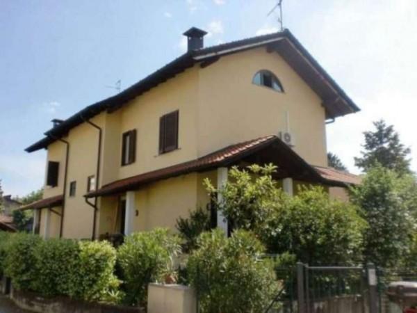 Villa in vendita a Jerago con Orago, 200 mq